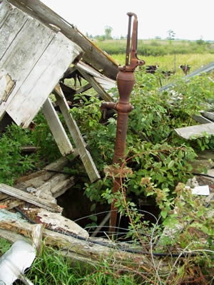 Abandoned Well picture - good color.jpg